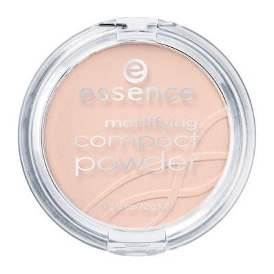 Essence Mattifying compact powder 04 Perfect Beige